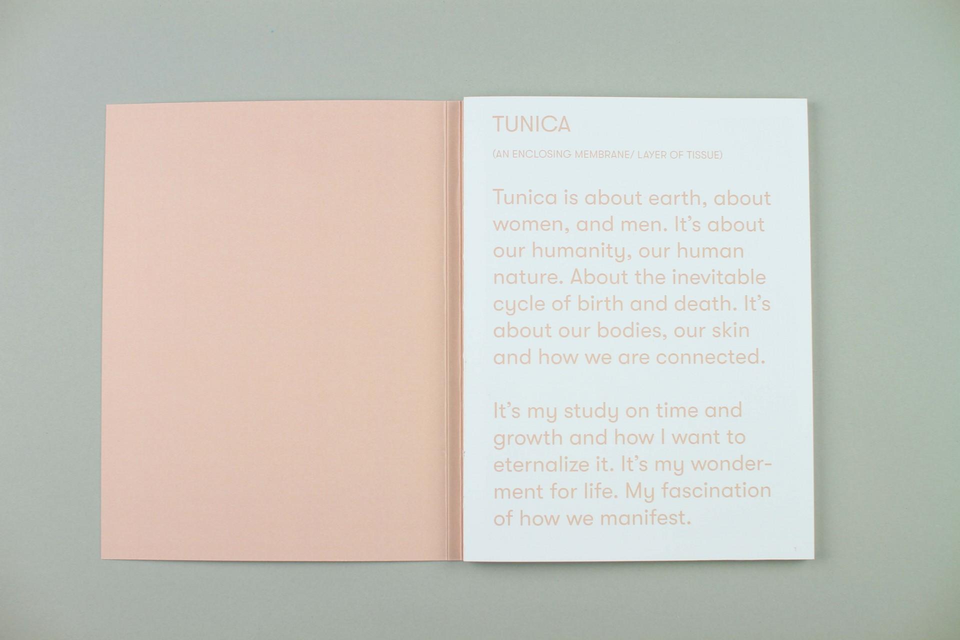 STUDIO JORD NOORBEEK Fotoboek Tunica – Charlotte Apituley